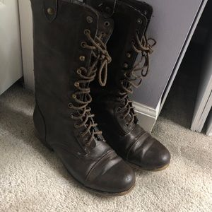 Steve Madden brown combat lace up boots